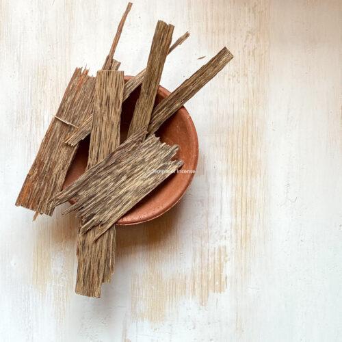Vietnamese AA oud wood