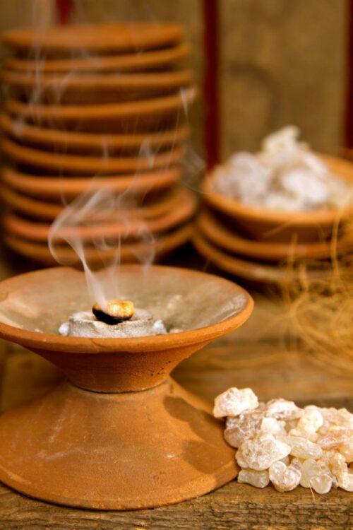Clay pot charcoal burner